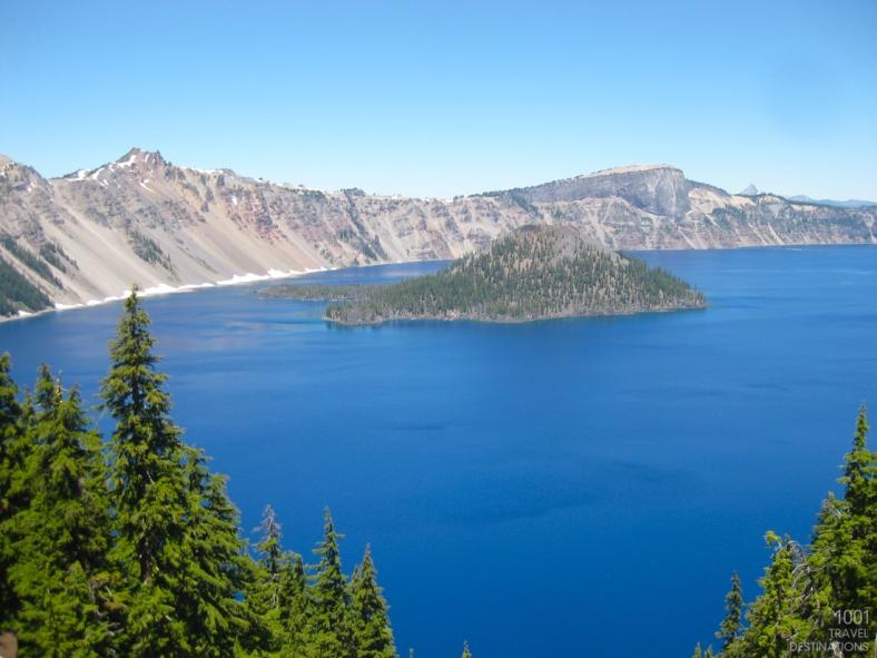1001-travel-destinations-Crater-Lake-National-park-landscapes-2